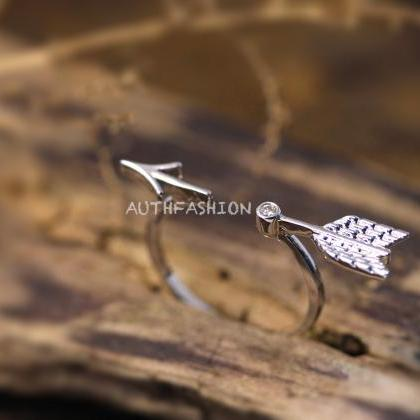 Unique BY Arrow Ring Simple Adjusta..