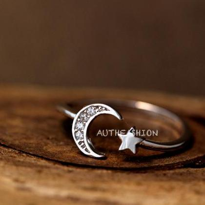 Simple Crescent Moon Star Ring Adju..