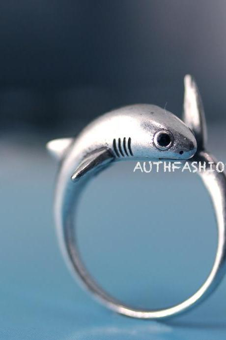 Adjustable Retro Shark Ring Animal Funny Ring Jewelry Free Size gift idea