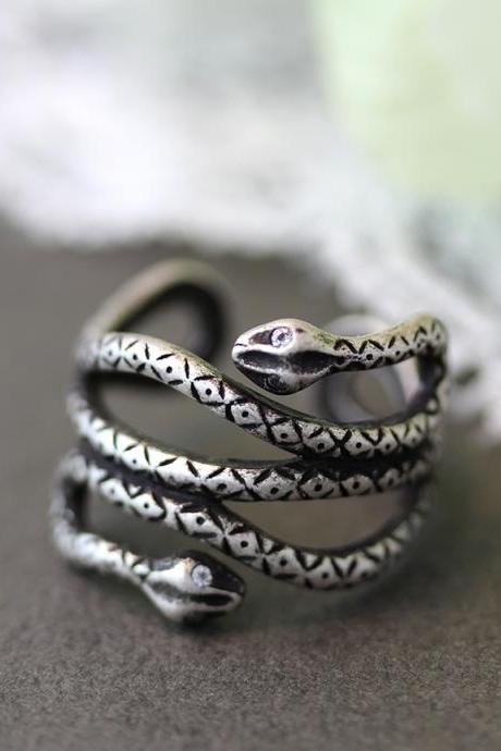 Retro Silver tone Double Head Snake Ring Animal Adjustable Ring Gift Idea