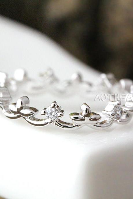 Crystal Crown Ring Tiara Ring Princess ring Stacking ring Bridesmaid Gift byr11